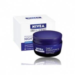 Nivea Daily Essentials Regenerating Night Cream 50ml